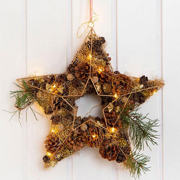 3D Metallstern, weihnachtlich dekoriert