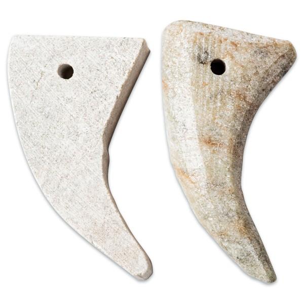 Speckstein Haizähne ca. 4-5cm 10 St. Farbe zufällig, mit Bohrung