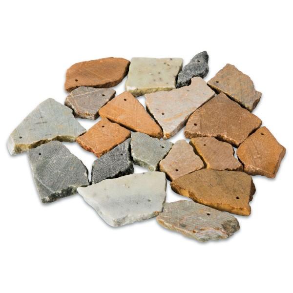 Amulettsteine Speckstein ca. 3-8cm ca. 20-25 St. ca. 1,5kg, mit Bohrung, farblich gemischt