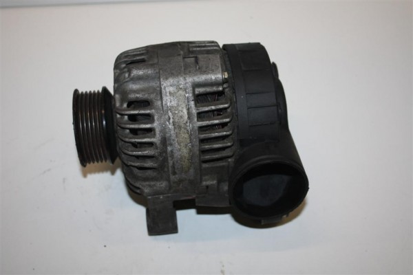 Audi 80 B4/100/A6 C4 6 Zylinder Lichtmaschine 90A 078903015DX 078903015D