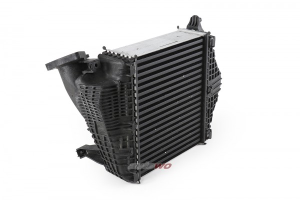 4M0145804AK NEU Audi RSQ8 4M 4.0l TFSI 8 Zylinder Ladeluftkühler Rechts