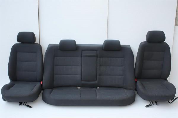 Audi A4 B5 Limousine Innenausstattung Stoff grau komplett