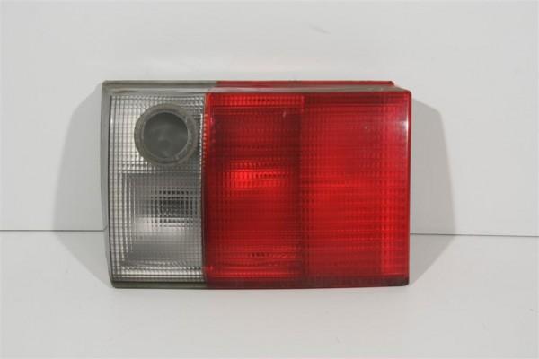 Audi 80 B4 Limousine Rücklicht Heckklappe innen rechts 8A0945094H