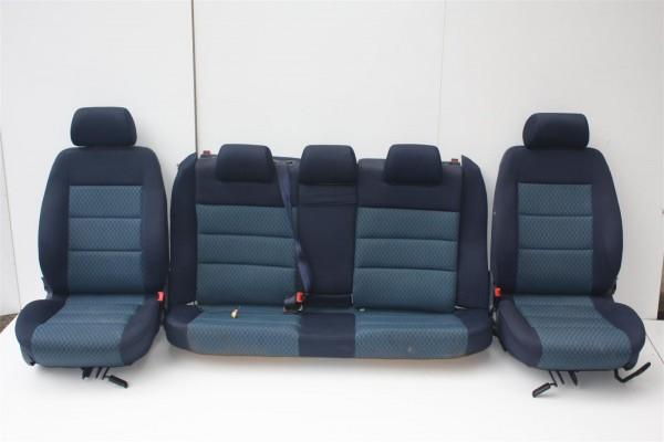 Audi A4 B5 Avant Innenausstattung Stoff blau komplett