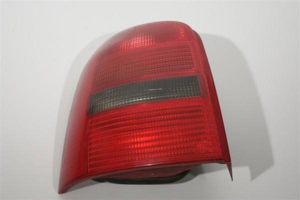 Audi A4/B5 Avant Blinker/Rücklicht hinten Links 8D9945111 8D9945095