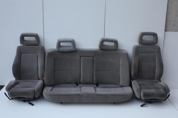 Audi 100/A6 C4 Limousine Innenausstattung Velours creme komplett