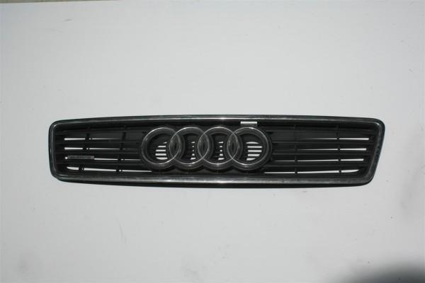 Audi A6 4B Kühlergrill + Quattro-Emblem 4B0853651A