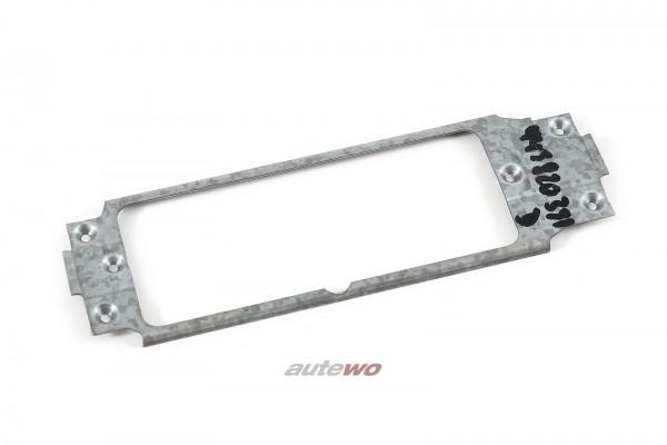 443820391D Audi 100 Typ 44 Halterahmen für Klimabedienteil