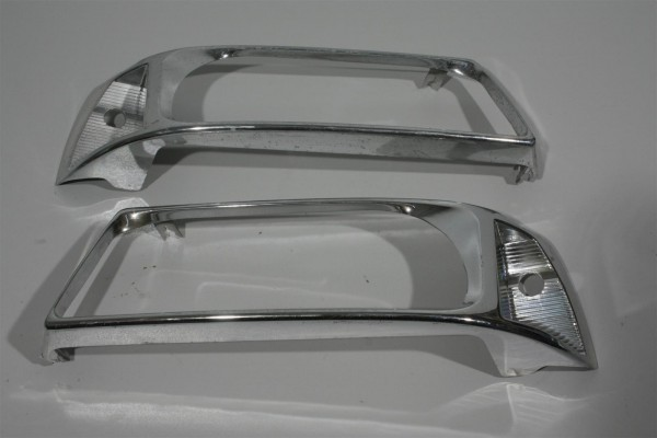 Audi Coupe/Cabrio Typ 89/B4 V6 Reflektorrahmen Scheinwerfer Links & Rechts