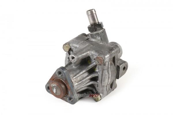 8D0145156A Audi/VW A4 B5/Passat 1.8l 4 Zylinder AEB Servopumpe