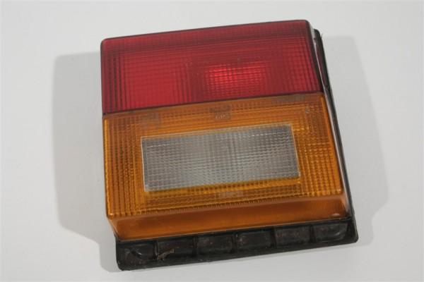 Audi 80 Typ81/85 Limousine Rücklicht Heckklappe innen rechts 811945094B