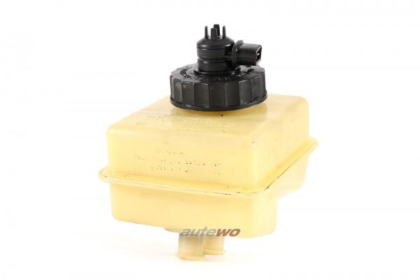322611307A Audi/VW 80 Typ 81/Passat 32B Bremsflüssigkeitsbehälter