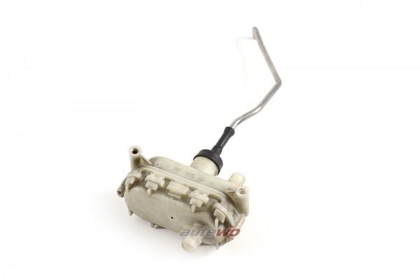 4A9862153A Audi 100/S4/A6/S6 C4 Stellventil Zentralverriegelung Heckklappe