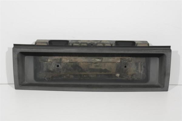 Audi 100 C4 Limousine Kennzeichenblende Plastik schwarz 4A5853465