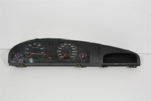 Audi A6/C4 4 Zylinder Kombiinstrument mit 240 km/h Tacho 4A1919033EP
