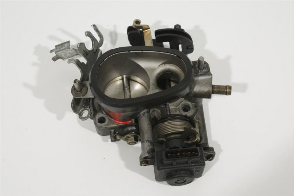 Audi 80 B4/A4 B5/A6 C4 2.6-2.8l ABC/AAH Drosselklappe Schaltgetriebe 078133061 0