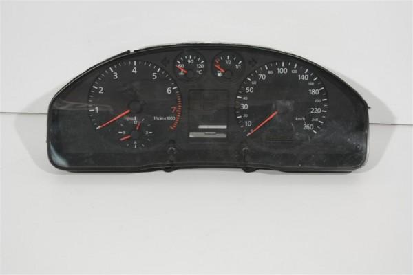 Audi A4 B5 Kombiinstrument ohne Zusatzinstrumente/ohne FIS 8D0919860G