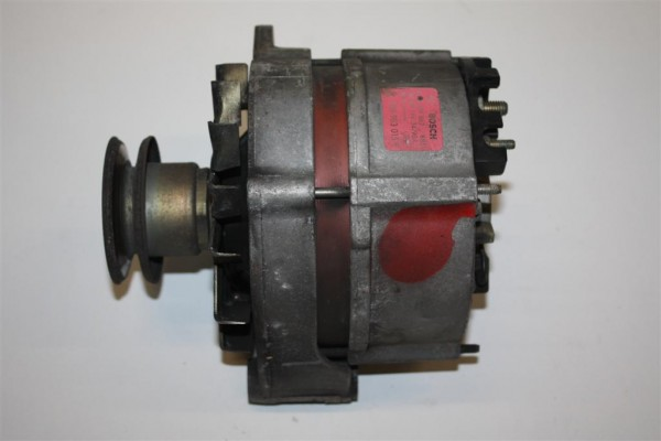 Audi 80 Typ 81/89/100 Typ 44/C4 4 Zylinder Lichtmaschine 90A 068903017PX 026903015F