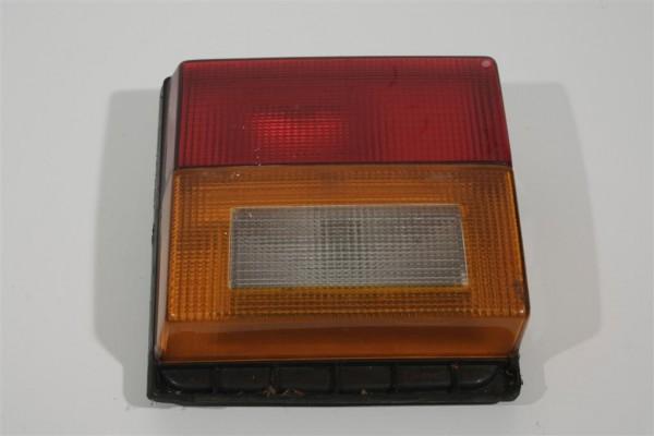 Audi 80 Typ81/85 Limousine Rücklicht Heckklappe innen links 811945093B
