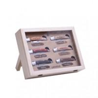 Laguiole Set 6 faltbare Messer mit unterschiedlichen Holzgriffen im Schaukasten