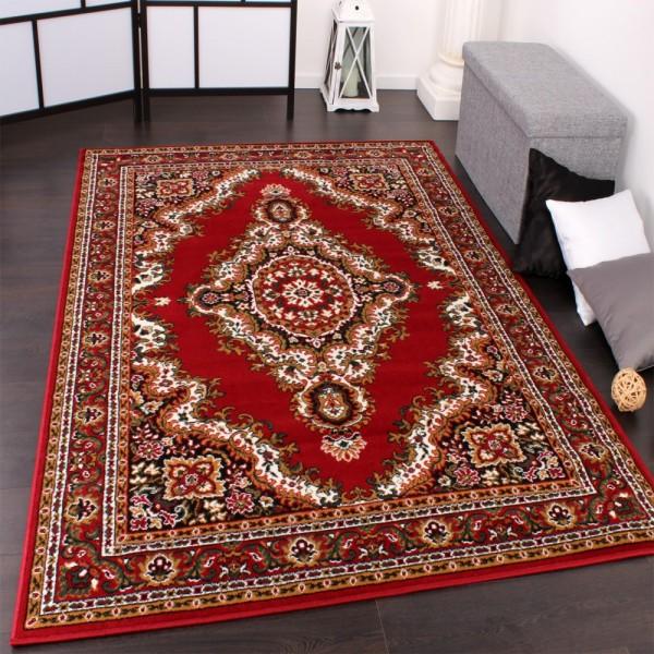 Klassicher Orient Teppich Muster Red