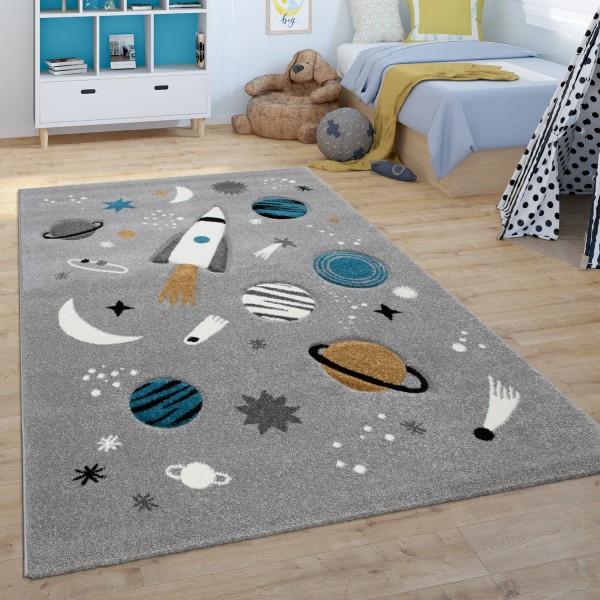 Tappeto per la camera dei bambini con pianeti e razzi